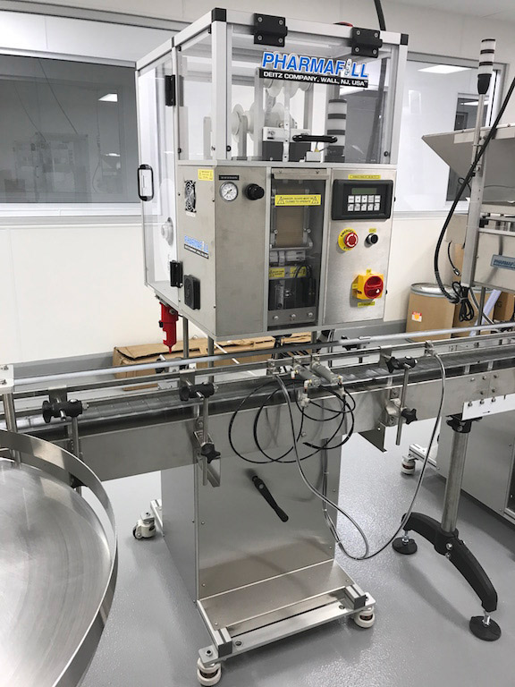 Insert Desiccant Automatically In Bottles Fast Easy